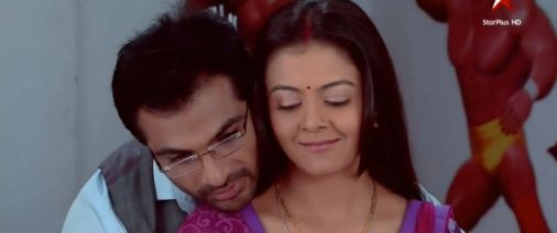 http://www.tellyupdates.com/wp-content/uploads/2014/07/Saathiya-7th-July-2014.png